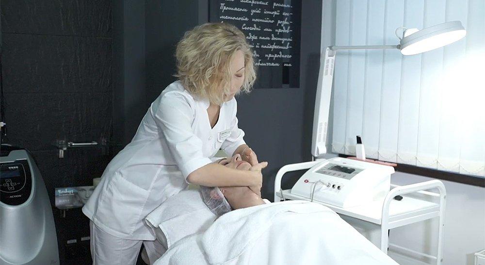 Косметологические процедуры Yon-Ka в салоне красоты и СПА Beauty Story