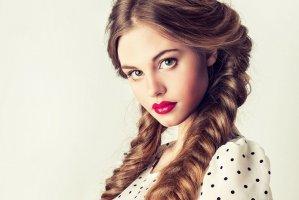 Скидки на плетение волос -15%