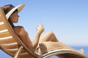Ультрафиолет – не преграда, или Летние процедуры для лица и тела