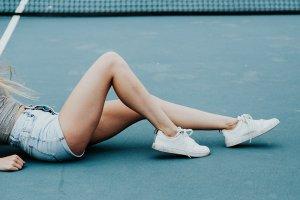 Ваксинг VS. шугарінг: огляд найпопулярніших методів депіляції