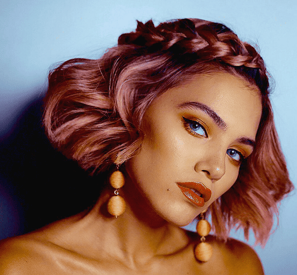Новорічні образи: головні тренди зачісок і макіяжу в 2020 році