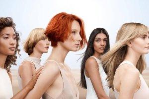 Модные стрижки и оттенки для волос весна-лето 2021: флешбэки из десятилетия свободы и эксперименты