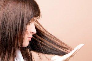 Как микротоковая терапия помогает в борьбе с выпадением волос?