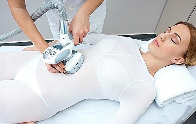 Аппаратная коррекция фигуры: соединительный массаж ICOONE