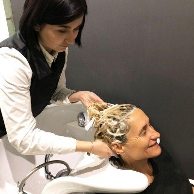 Абсолютное счастье для волос, шаг 1: Мытье волос шампунем LebeL